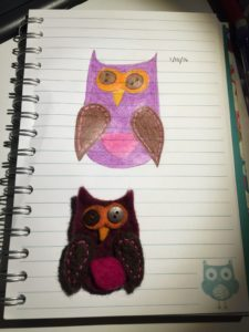 A little felt owl with button eyes below a drawing of same